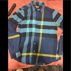 Women's Burberry shirt size Large
